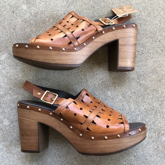 PIKOLINOS Shoes - PIKOLINOS Saint W9G-0939 Perforated Sandals